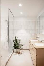 White Bathroom Tiles Ideas by Top 25 Best Modern Bathroom Tile Ideas On Pinterest Modern