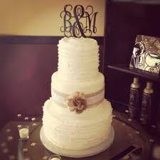 burlap wedding cakes white ruffled wedding cake with burlap and