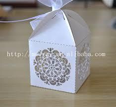 Wedding Candy Boxes Wholesale 200pcs Lot Circle Flower Box Wedding Souvenirs White Candy Box