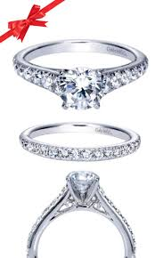 engagement ring designers 7 best halo engagement rings images on pinterest halo engagement