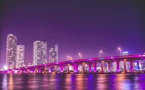 imagenes miami de noche púrpura puente noche estados unidos rascacielos miami paisaje