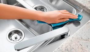 nettoyer la cuisine comment entretenir évier de cuisine consobrico com