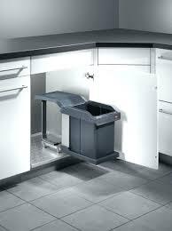 poubelle pour meuble de cuisine poubelle cuisine porte poubelle de cuisine encastrable dravyn 16