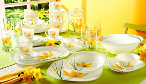 service de cuisine formidable table de cuisine demi lune 11 service de table jaune