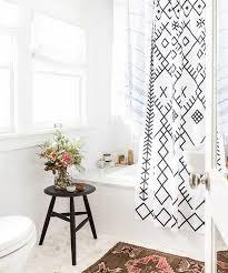 Pinterest Bathroom Shower Ideas Colors Best 20 Bright Bathrooms Ideas On Pinterest Bathroom Decor