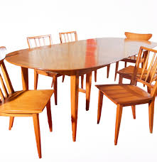 Mid Century Modern Dining Room Table Mid Century Modern Willett Dining Table And Chairs Ebth