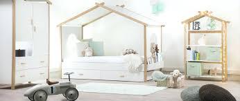 chambre enfant design lit cabane garcon lit cabane chambre enfant design aventuredeco