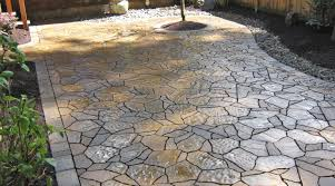 Best Sealer For Flagstone Patio by Attractive Stone Paver Patio Ideas 17 Best Ideas About Paver Patio
