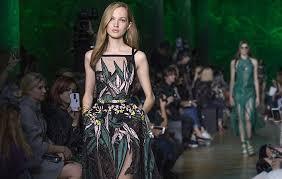 christian couture si e social orient palms italia rivista di moda