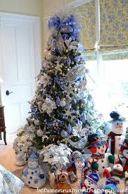 Teal Blue Christmas Tree Decorations by Best 25 Blue Christmas Tree Decorations Ideas On Pinterest Xmas
