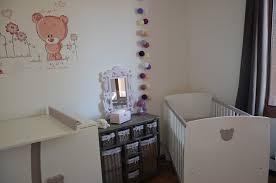 amenagement chambre bébé idee deco pour chambre bebe fille idées décoration intérieure