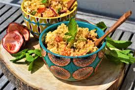 comment cuisiner le boulgour salade de boulgour fruits de la et tofu au baies roses