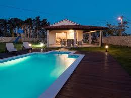 jeux de cuisine d villa de luxe avec piscine cuisine d été et aire de jeux près de