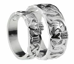claddagh wedding ring 10k 14k 18k white gold celtic claddagh wedding band ring set