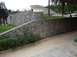 Amado Foto: Muro de Arrimo com Pedra Bruta de Pedras E Mão De Obra  &LC22