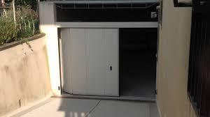 porta sezionale phenix portone sezionale laterale by breda