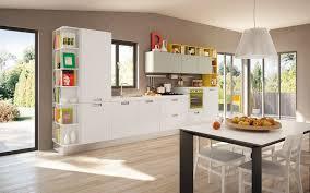 couleur de peinture cuisine couleur de cuisine moderne cuisine batie habillage en porte