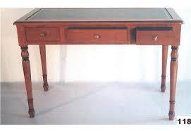bureau louis philippe merisier bureau louis philippe 3 tiroirs 2 tirettes atelier paul