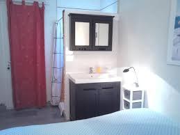 chambre d hotes entrecasteaux chambre d hôtes matin ensoleillé dans la colline chambre