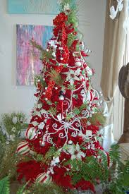 whimsical red u0026 green christmas tree christmas ideas ho ho ho
