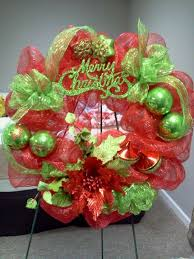 geo mesh 28 best mesh christmas wreaths images on deco mesh