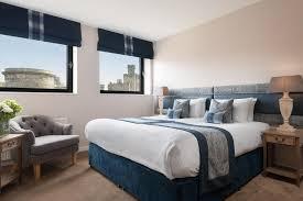 One Bedroom Edinburgh Condo Hotel Princes Street Suites Edinburgh Uk Booking Com