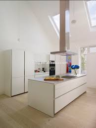 German Kitchen Cabinet With Push Open Door Without Handle Simple