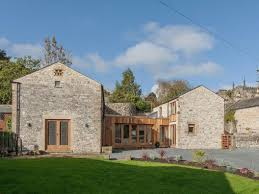 the barns 5 bedroom holiday home in the peak district sleeps 10