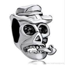2016 halloween skull tobacco pipe charm in rhodium plating
