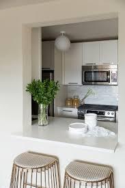 Kitchen Window Design Ideas Best 25 Pass Through Kitchen Ideas On Pinterest Half Wall