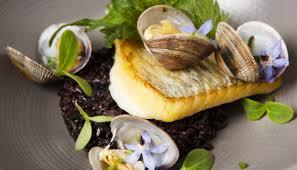 cuisiner le turbot entier turbot poissons et fruits de mer