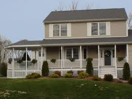 Front Porches On Colonial Homes Apartments Homes With Front Porches Homes With Front Porches