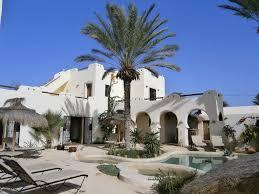 chambre d hote 29 chambres d hôtes à djerba en bord de mer maison avec piscine