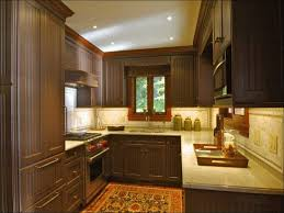 kitchen color trends kitchen colors with dark cabinets best 25 kitchens with dark