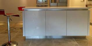 plinthe cuisine alu plinthe de cuisine plinthe cuisine aluminium r4072 lisse plinthe de