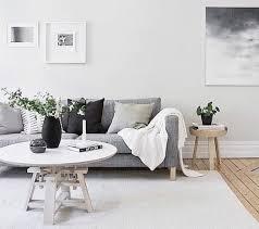 deco canapé gris un salon en gris et blanc c est chic voilà 82 photos qui en témoignent