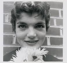 jacqueline kennedy jbk jacqueline bouvier kennedy in georgetown in 1954 flashbak