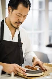 chef de cuisine étoilé sang hoon degeimbre n est pas seulement un grand chef doublement