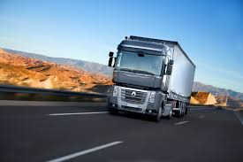 renault premium 2013 renault trucks corporate press releases renault trucks helps