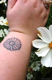 23 pretty flower tattoos for wrist