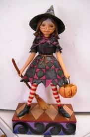 jim shore halloween figurines 82 best jim shore witches traditional disney oz u0026 fabric