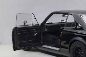 Highly Detailed Autoart Diecast Model Black Nissan Skyline Gt R