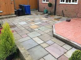 Indian Sandstone Patio by Indian Sandstone Paving Slabs Used 39 M2 Mixed Colours U0026 Sizes