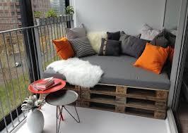 balkon bank maak zelf een loungebank pallets voor in de tuin jullie