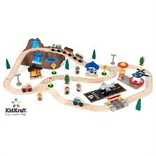 melissa and doug train table and set kidkraft bucket top mountain 56 piece train set 17826