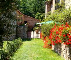 Cottages In Tuscany by Catureglio Villa In Tuscany Near Lucca For Rental With 3 Adjacent
