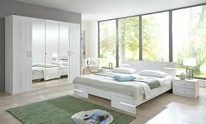 foto chambre a coucher armoire pour chambre e coucher a armoire de rangement pour chambre a