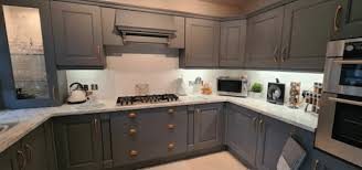 painting kitchen cabinets frenchic quoted 6 000 for new kitchen does it herself for 103