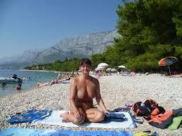rajce.idnes naked beach|Francie 2013 - návrat Rubešáků \u2013 makamaka \u2013 album na Rajčeti