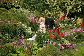 Outdoor Wedding Venues Garden Wedding Venues The Wedding Community